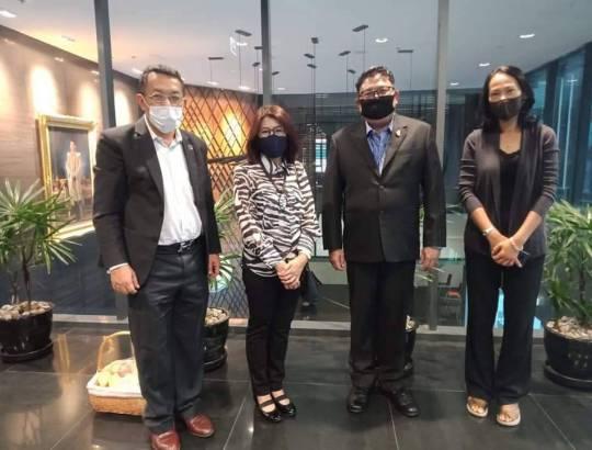 ธพส. ต้อนรับสมาคมผู้ส่งออกและผู้ผลิตไทย