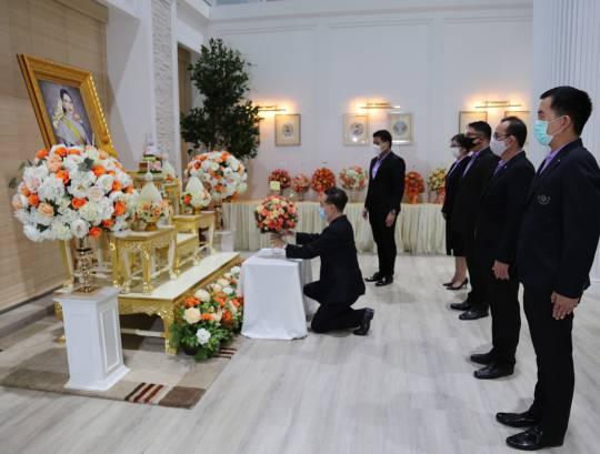 ธพส. ทูลเกล้าฯ ถวายแจกันดอกไม้สดและลงนามถวายพระพร สมเด็จเจ้าฟ้าฯ กรมพระศรีสวางควัฒน วรขัตติยราชนารี ณ โรงพยาบาลจุฬาภรณ์